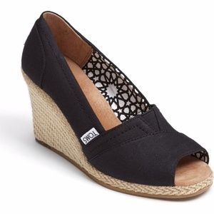 TOMS Calypso Black Wedge Peeptoe shoes size 7 1/2W